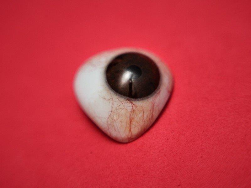 Prótese ocular individualizada