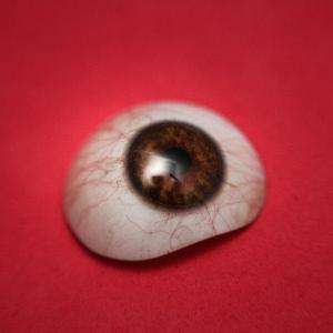 Protese ocular sob medida